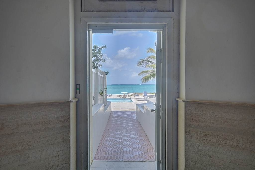 19. Co-op / Condominio por un Alquiler en Penthouse Living in Cable Beach at Rawson Court - MLS 42460 Rawsons Court, Cable Beach, Nueva Providencia / Nassau Bahamas