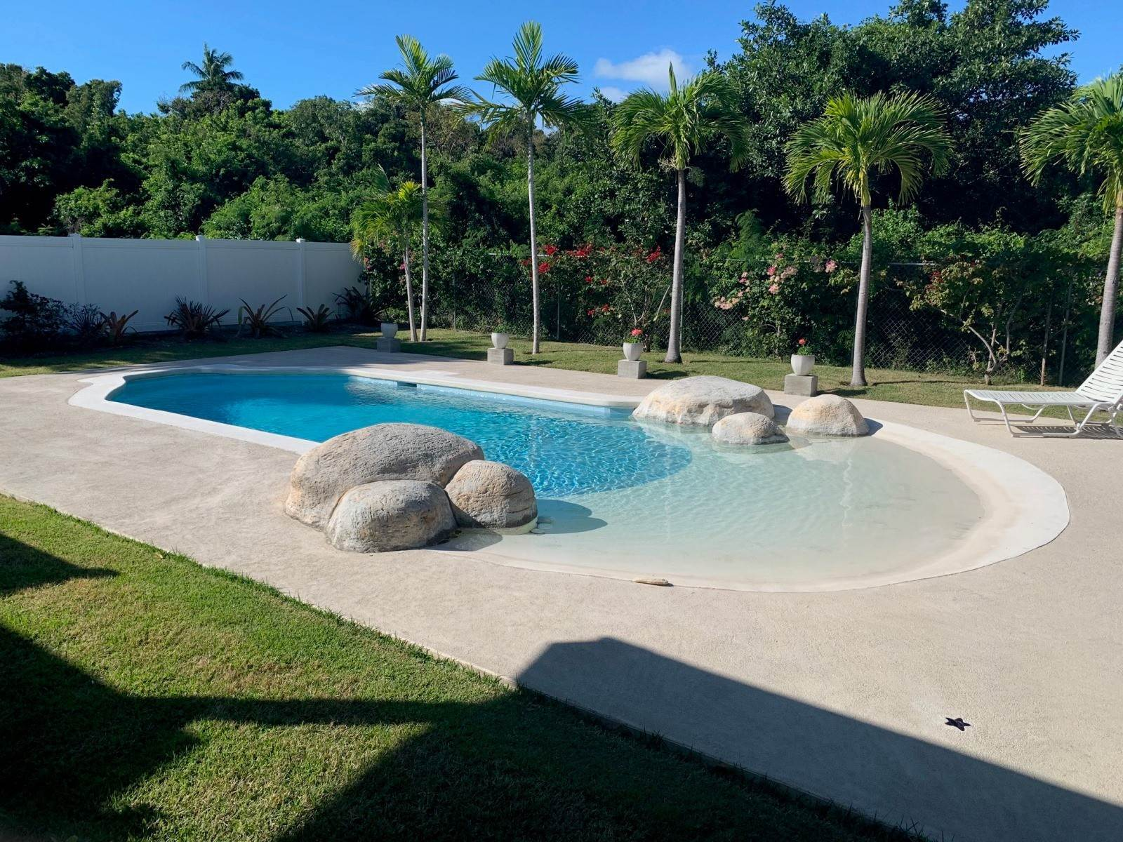 21. Single Family Homes for Rent at Modern family home in the East - MLS 40048 Camperdown, Nassau And Paradise Island, Bahamas