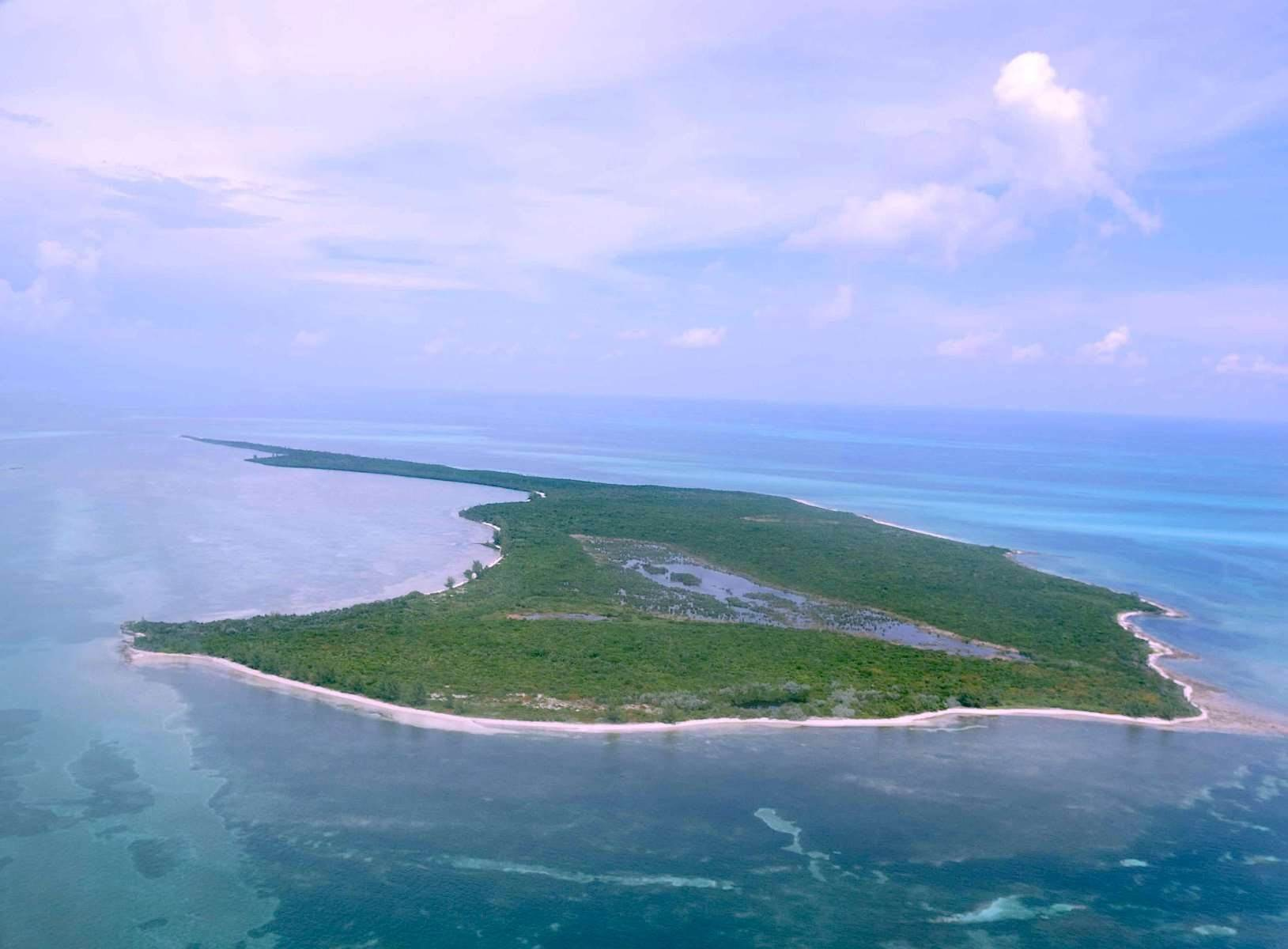 18. Private Islands por un Venta en Large Private Island in Abaco with approved development Plans - MLS 42074 Abaco, Bahamas