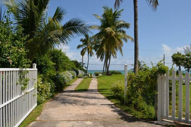 27. Single Family Homes for Sale at Tambourina Island Villa and Cottage, Eastern Road (MLS 24295) Eastern Road, Nassau And Paradise Island, Bahamas