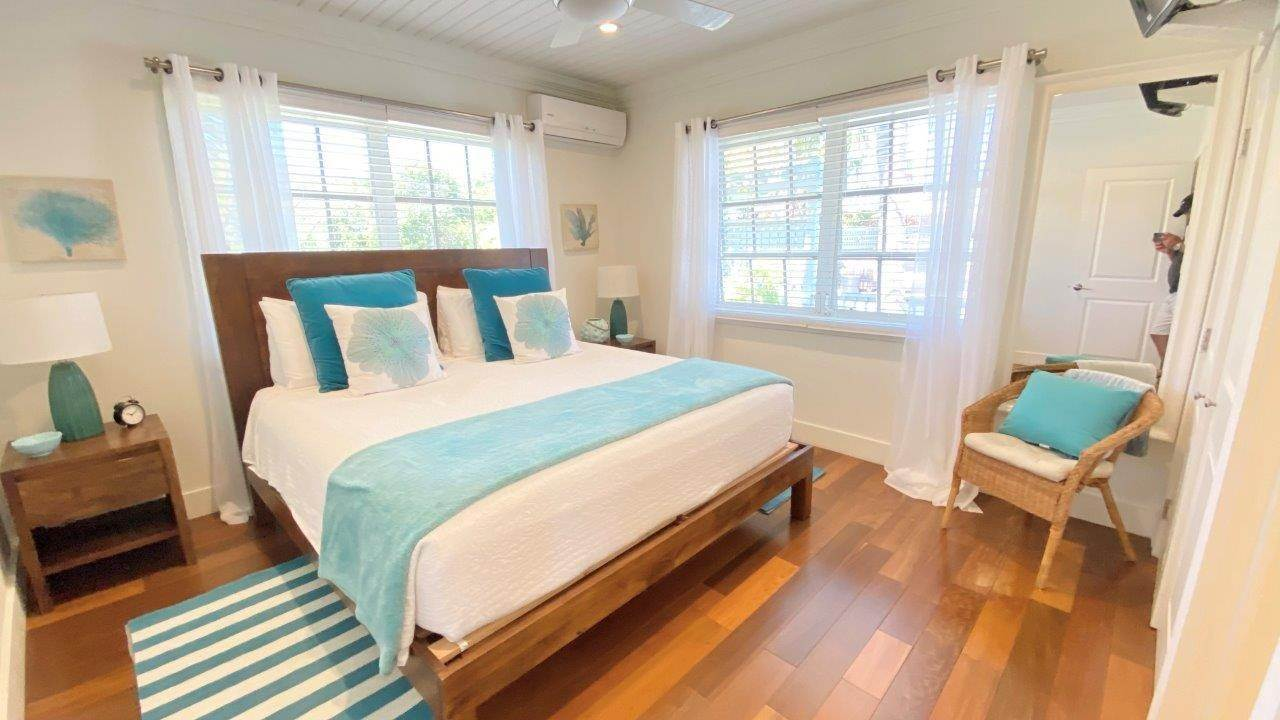 34. Single Family Homes for Sale at Fabulous Coastal Living Home in Governor's Harbour - MLS 44509 Governors Harbour, Eleuthera, Bahamas