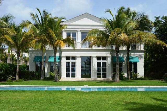 29. Single Family Homes for Rent at Beautiful Beach House Villa set on Colonial Beach, Paradise Island Western End, Paradise Island, Nassau And Paradise Island Bahamas