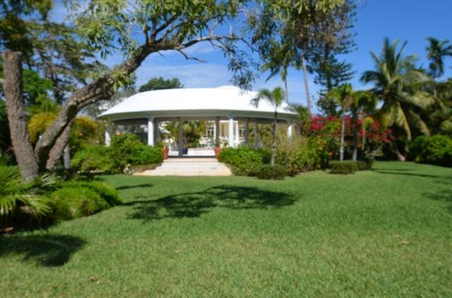 37. Single Family Homes for Sale at The Columns Eastern Road Eastern Road, Nassau And Paradise Island, Bahamas