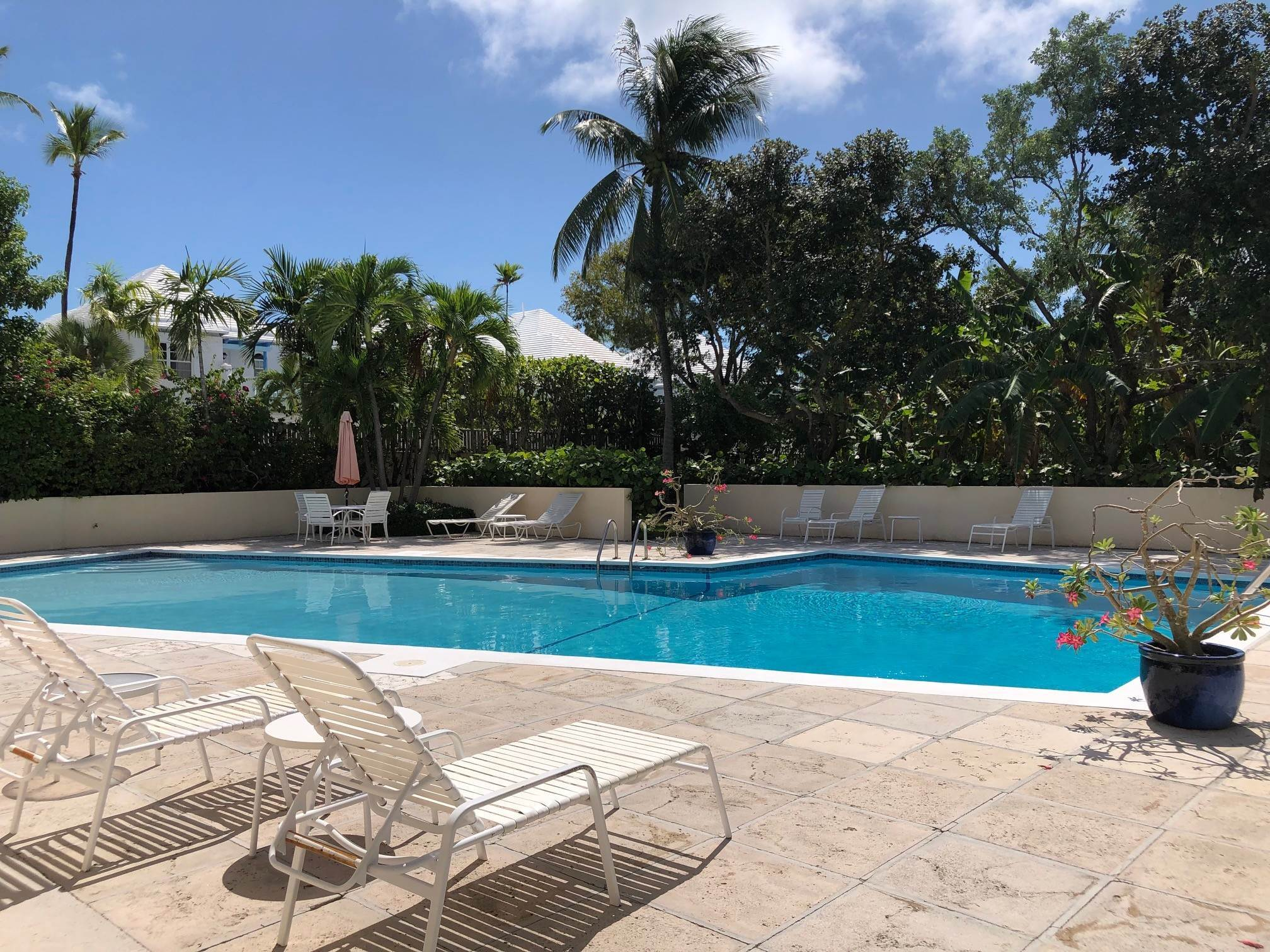 28. Co-op / Condo for Rent at Beachfront Corner unit Townhouse on Paradise Island Paradise Island, Nassau And Paradise Island, Bahamas