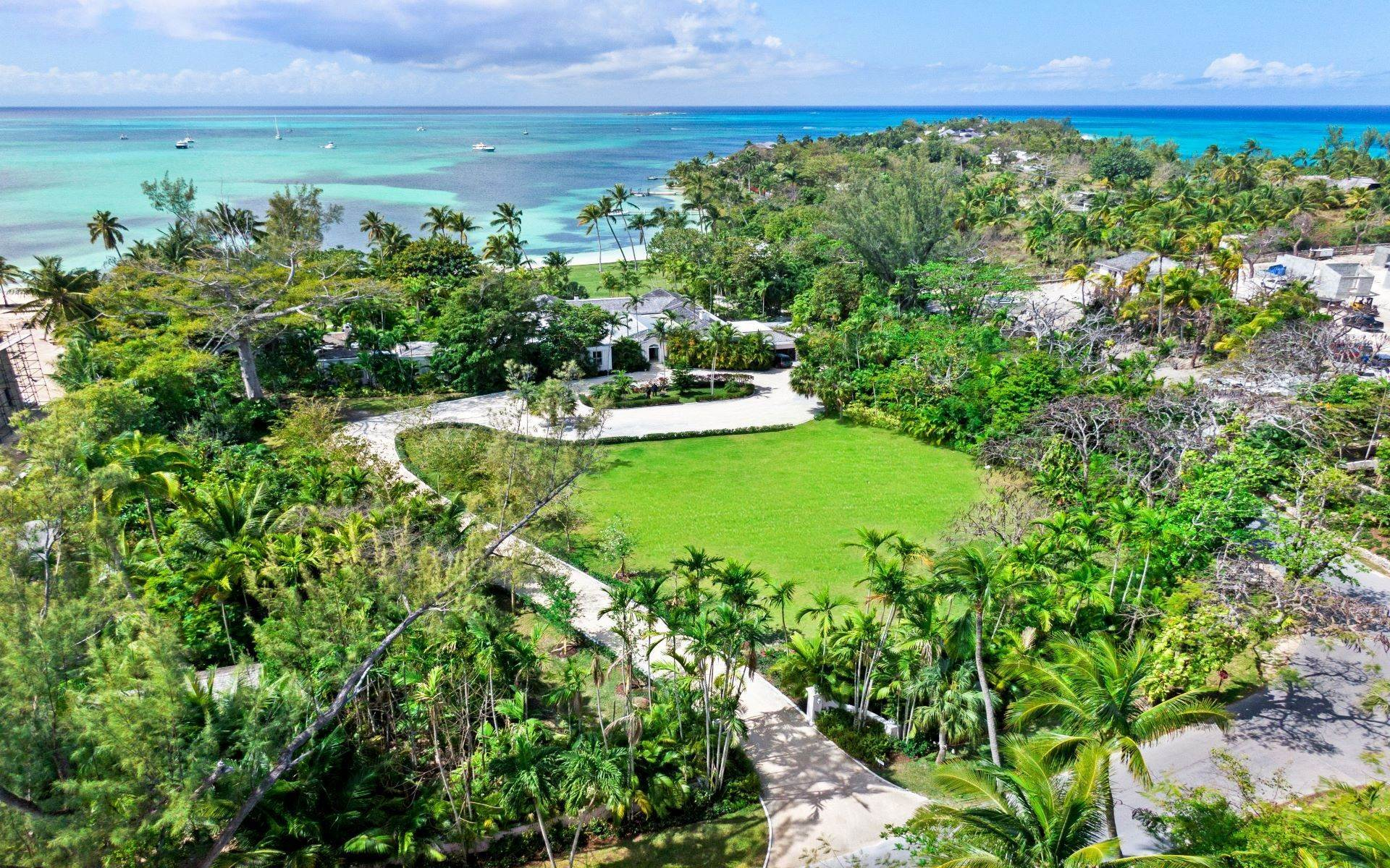 47. Single Family Homes for Rent at Magnificent Lyford Cay Beachfront Estate Lyford Cay, Nassau And Paradise Island, Bahamas