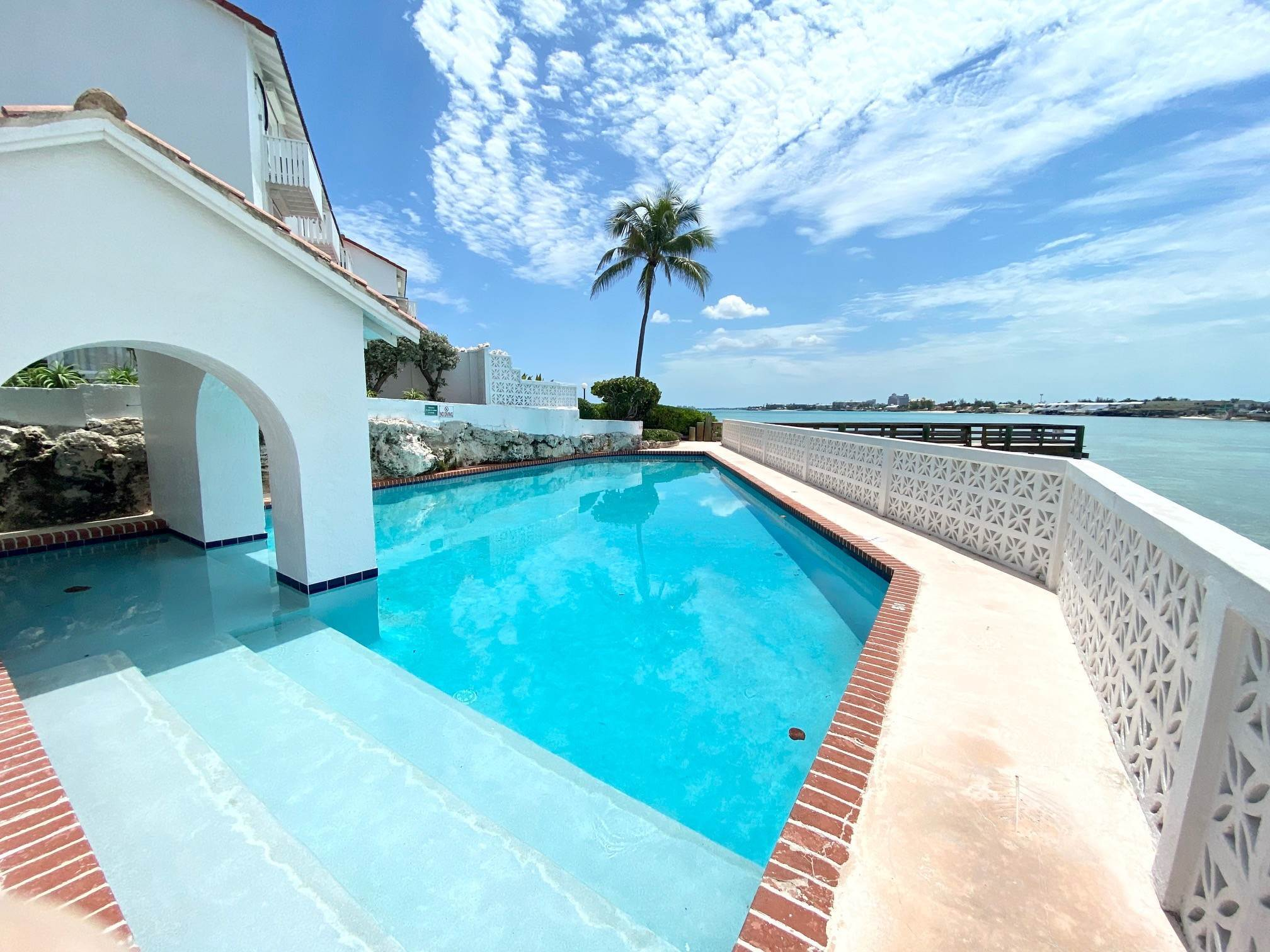 2. Co-op / Condo for Rent at Excellent views from this 2nd floor condo Delaporte Point, Nassau And Paradise Island, Bahamas