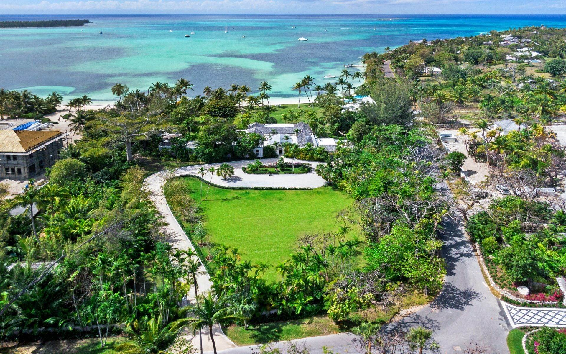 48. Single Family Homes for Rent at Magnificent Lyford Cay Beachfront Estate Lyford Cay, Nassau And Paradise Island, Bahamas