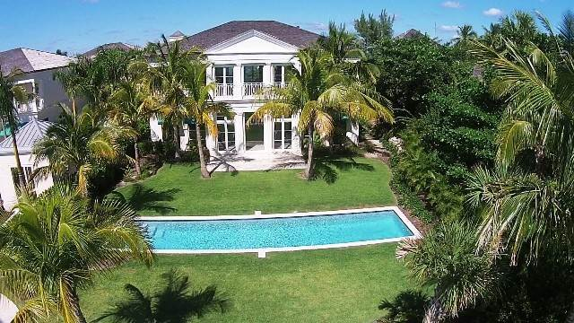 31. Single Family Homes for Rent at Beautiful Beach House Villa set on Colonial Beach, Paradise Island Western End, Paradise Island, Nassau And Paradise Island Bahamas