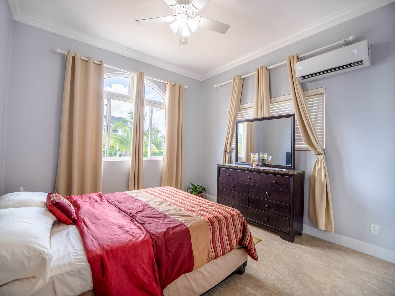 17. Single Family Homes for Sale at Villa Greenway House for Sale - MLS 41427 Charlotteville, Nassau And Paradise Island, Bahamas