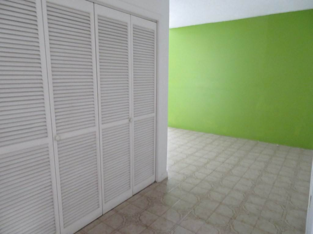 2. Commercial for Rent at Office space in Downtown Nassau - MLS 35081 Bay Street, Nassau And Paradise Island, Bahamas