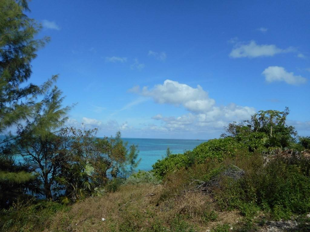 4. Terreno / Lote por un Venta en Waterfront property on Russell Island Russell Island, Eleuthera, Bahamas