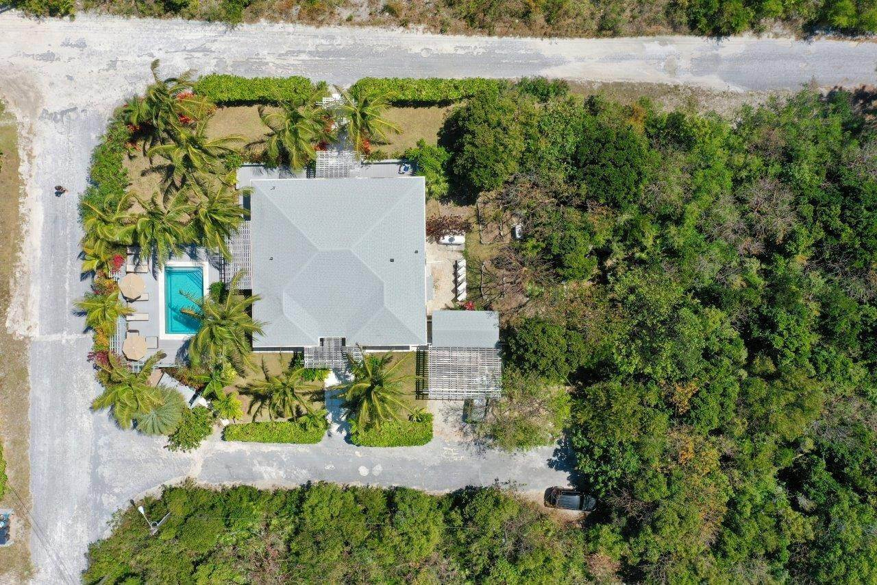 12. Single Family Homes for Sale at Fabulous Coastal Living Home in Governor's Harbour - MLS 44509 Governors Harbour, Eleuthera, Bahamas