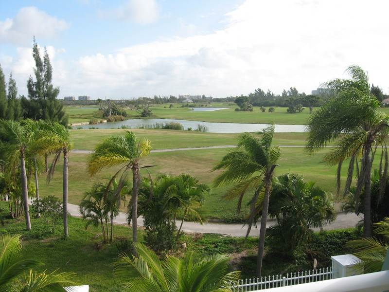 4. Co-op / Condo for Rent at Golf Course Condo Freeport And Grand Bahama, Bahamas