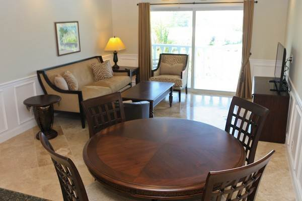 4. Co-op / Condo for Rent at Gorgeous 2 Bed Condo on the Canal Freeport And Grand Bahama, Bahamas