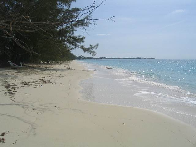 4. Land for Sale at Large Oceanfront Lot With Salt Pond Rum Cay, Bahamas