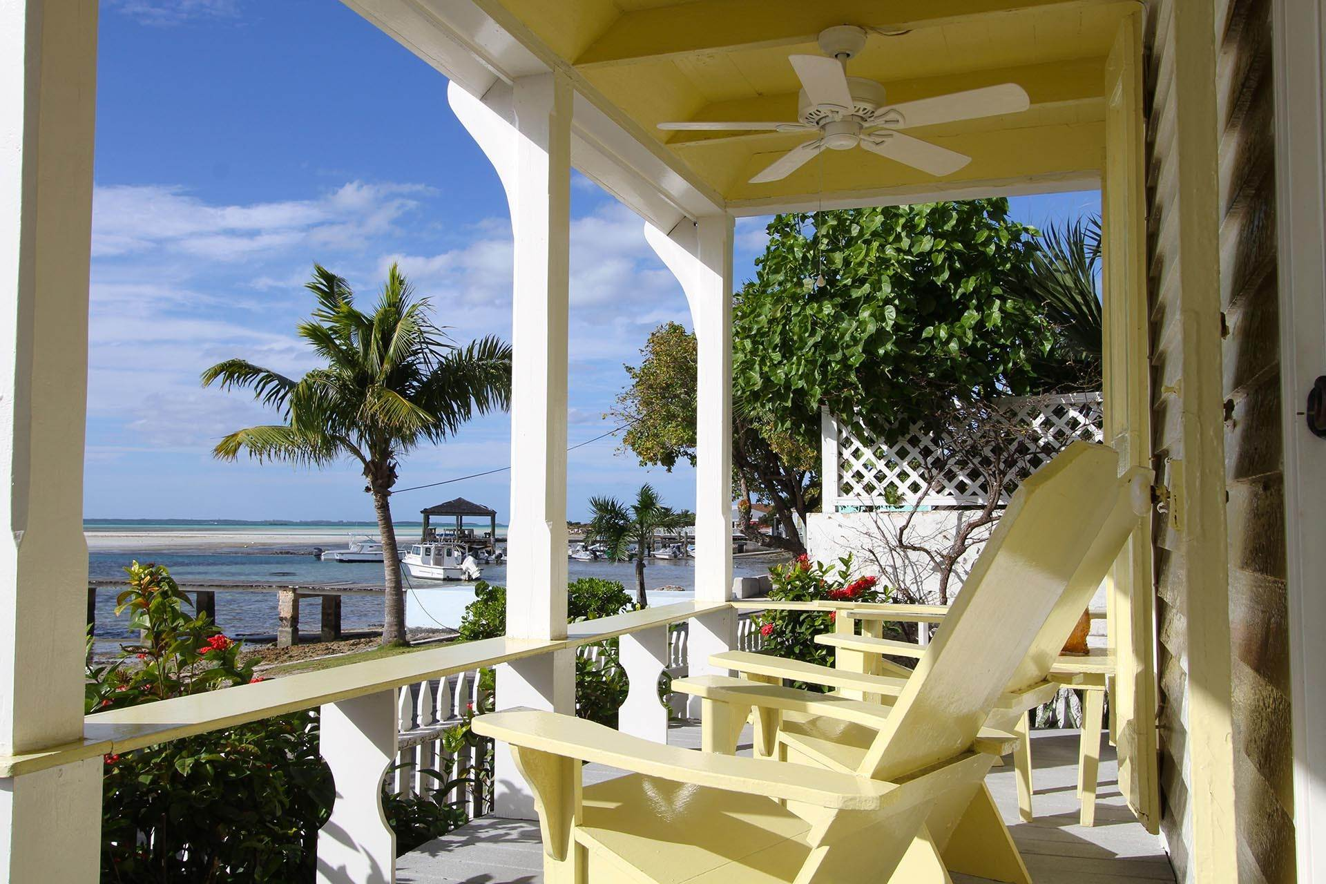 4. Single Family Homes por un Venta en Historic Harbour Front Home Harbour Island, Eleuthera, Bahamas