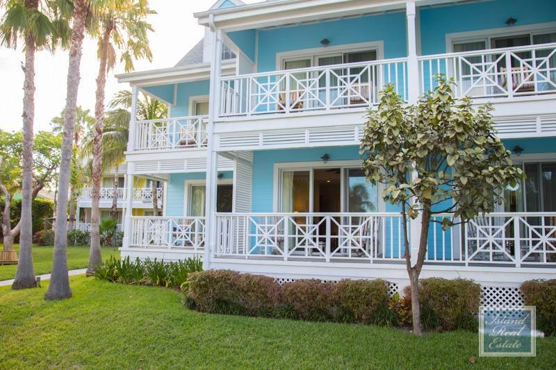 4. Co-op / Condo for Sale at Wonderful Condo at Valentines Harbour Island, Eleuthera, Bahamas