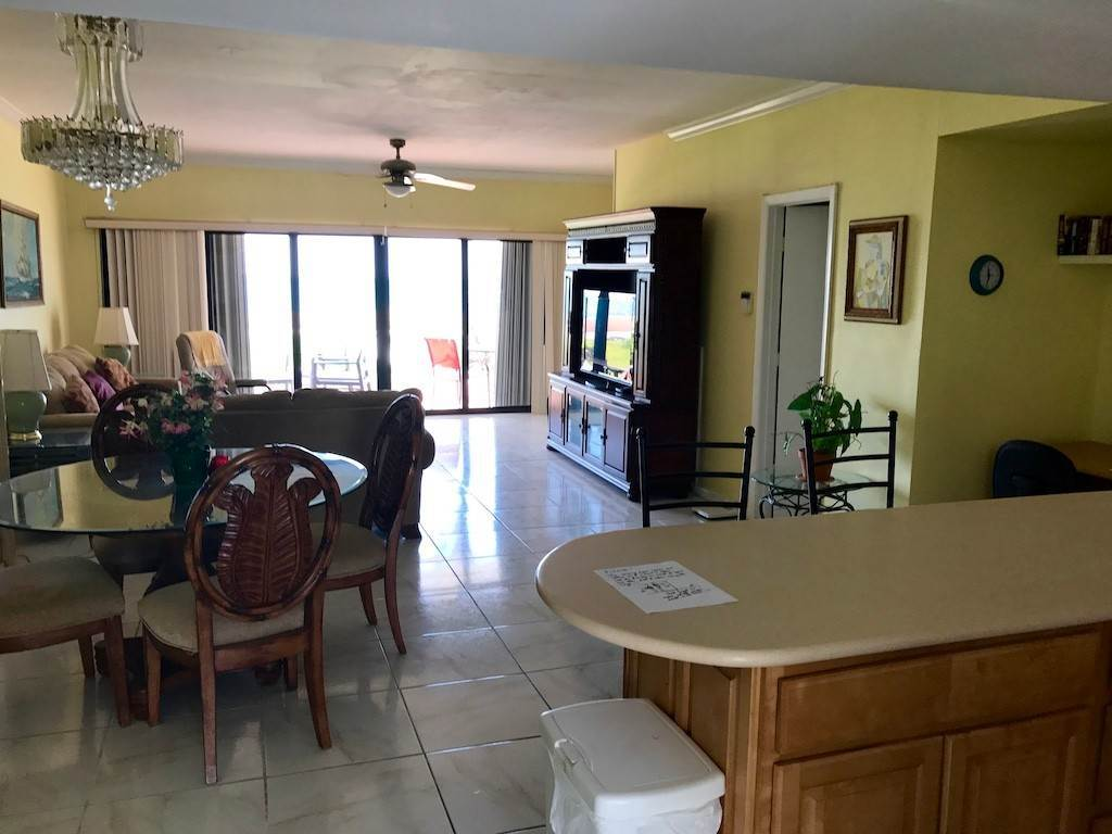 3. Co-op / Condo for Rent at Fabulous 2 Bedroom Condo in Oceanfront Community Freeport And Grand Bahama, Bahamas