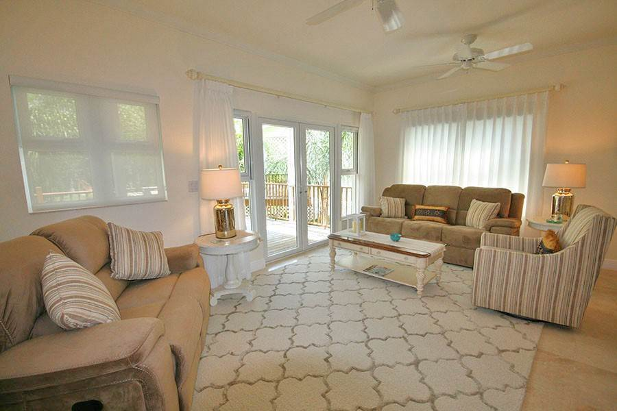 3. Single Family Homes for Rent at Newly Furnished Island Home in the Prestigious Beachfront Gated Community of Shoreline! Fortune Beach, Freeport And Grand Bahama, Bahamas