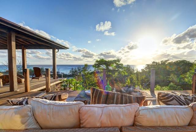 29. Single Family Homes for Sale at Off-the-Grid Showpiece Retreat Cat Island, Bahamas