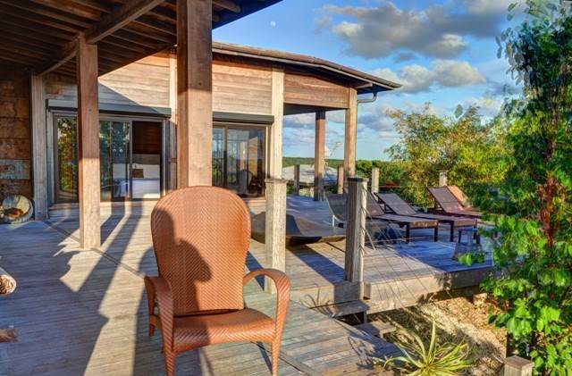 30. Single Family Homes for Sale at Off-the-Grid Showpiece Retreat Cat Island, Bahamas