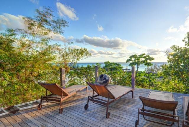 33. Single Family Homes for Sale at Off-the-Grid Showpiece Retreat Cat Island, Bahamas