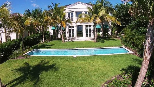 36. Single Family Homes for Rent at Beautiful Beach House Villa set on Colonial Beach, Paradise Island Western End, Paradise Island, Nassau And Paradise Island Bahamas