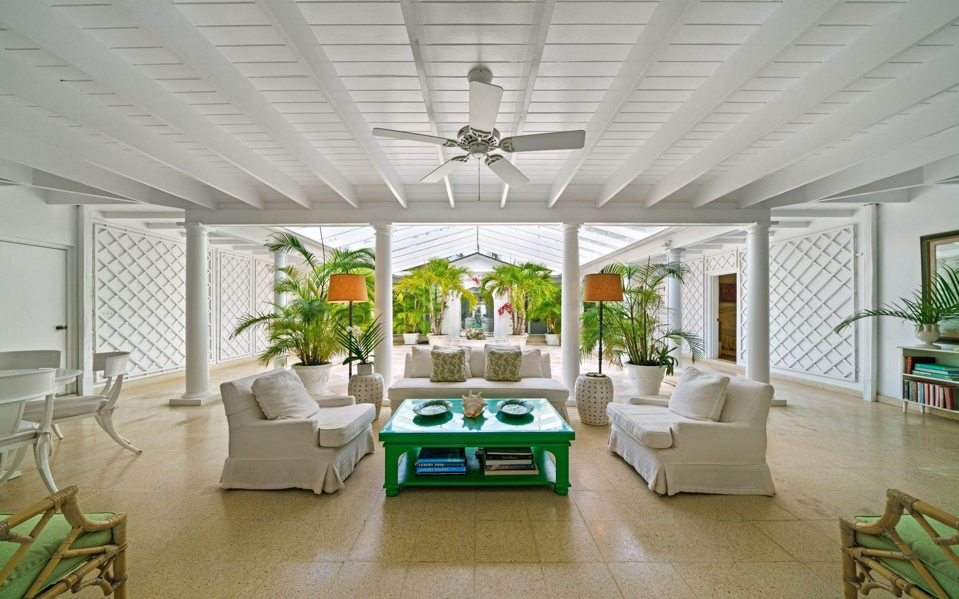 11. Single Family Homes for Rent at Magnificent Lyford Cay Beachfront Estate Lyford Cay, Nassau And Paradise Island, Bahamas