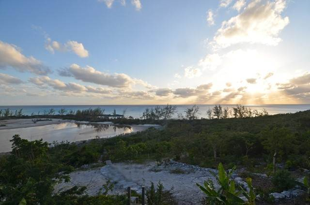 38. Single Family Homes for Sale at Off-the-Grid Showpiece Retreat Cat Island, Bahamas