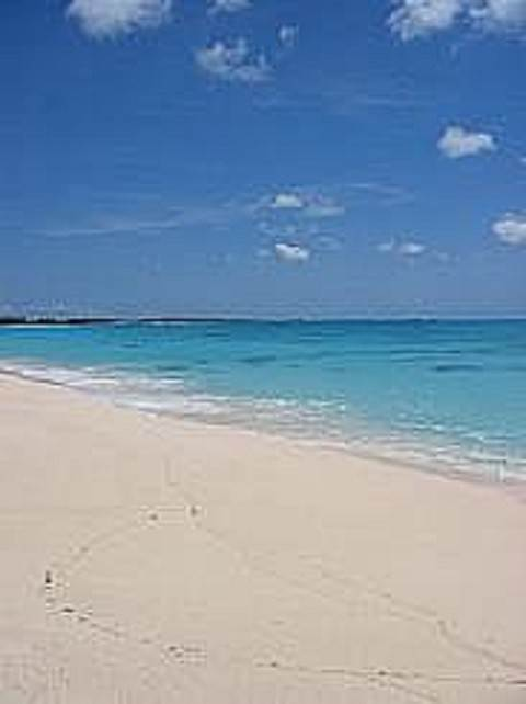 2. Land for Sale at Large Oceanfront Lot Rum Cay, Bahamas