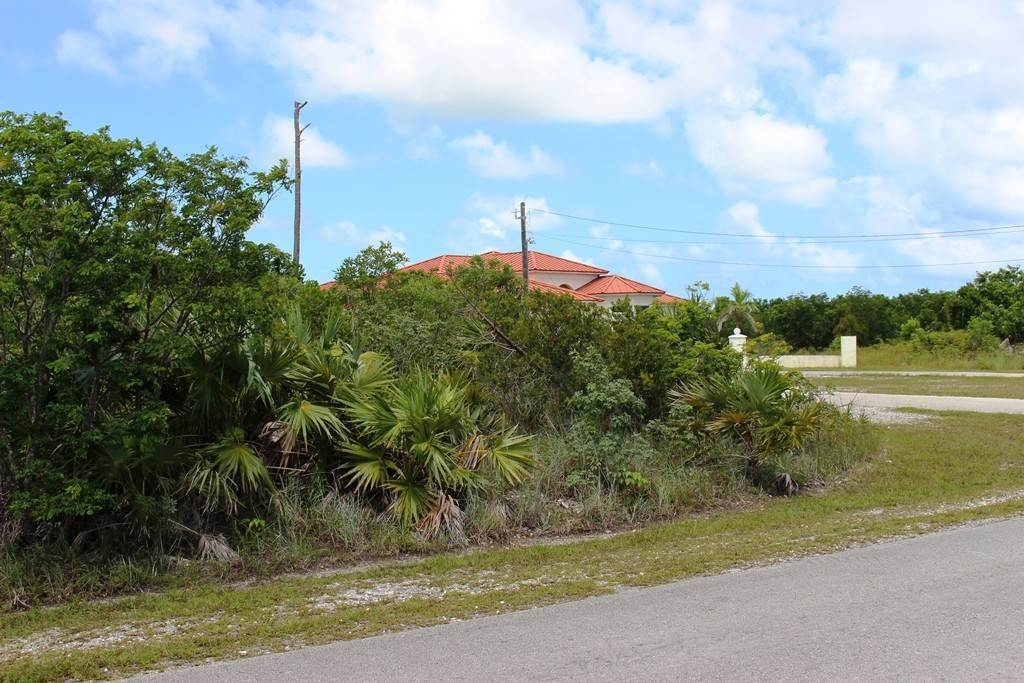 5. Terreno por un Venta en Single Family Lot on Yorkshire in Bahamia Bahamia, Gran Bahama Freeport, Bahamas