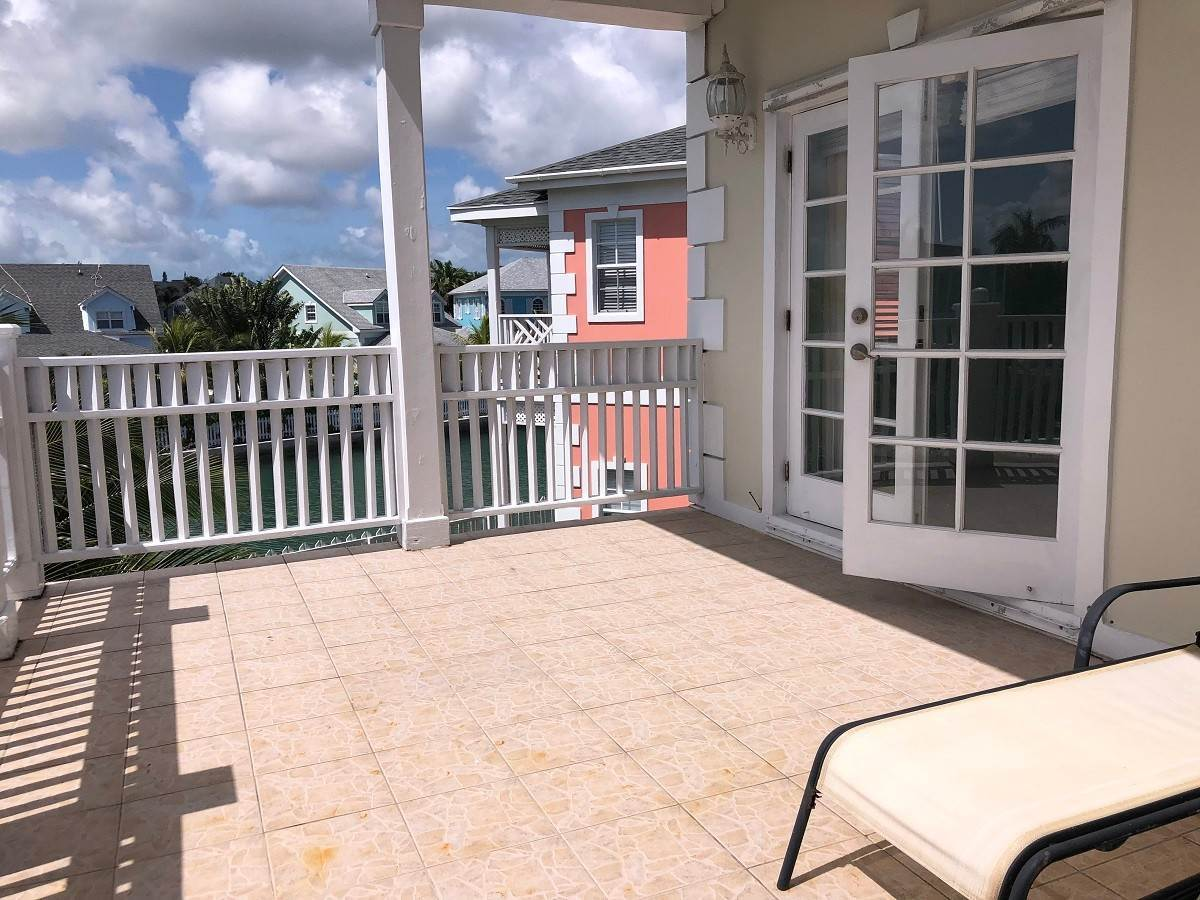 6. Single Family Homes for Rent at Home with dock space Jacaranda Sandyport Sandyport, Cable Beach, Nassau And Paradise Island Bahamas