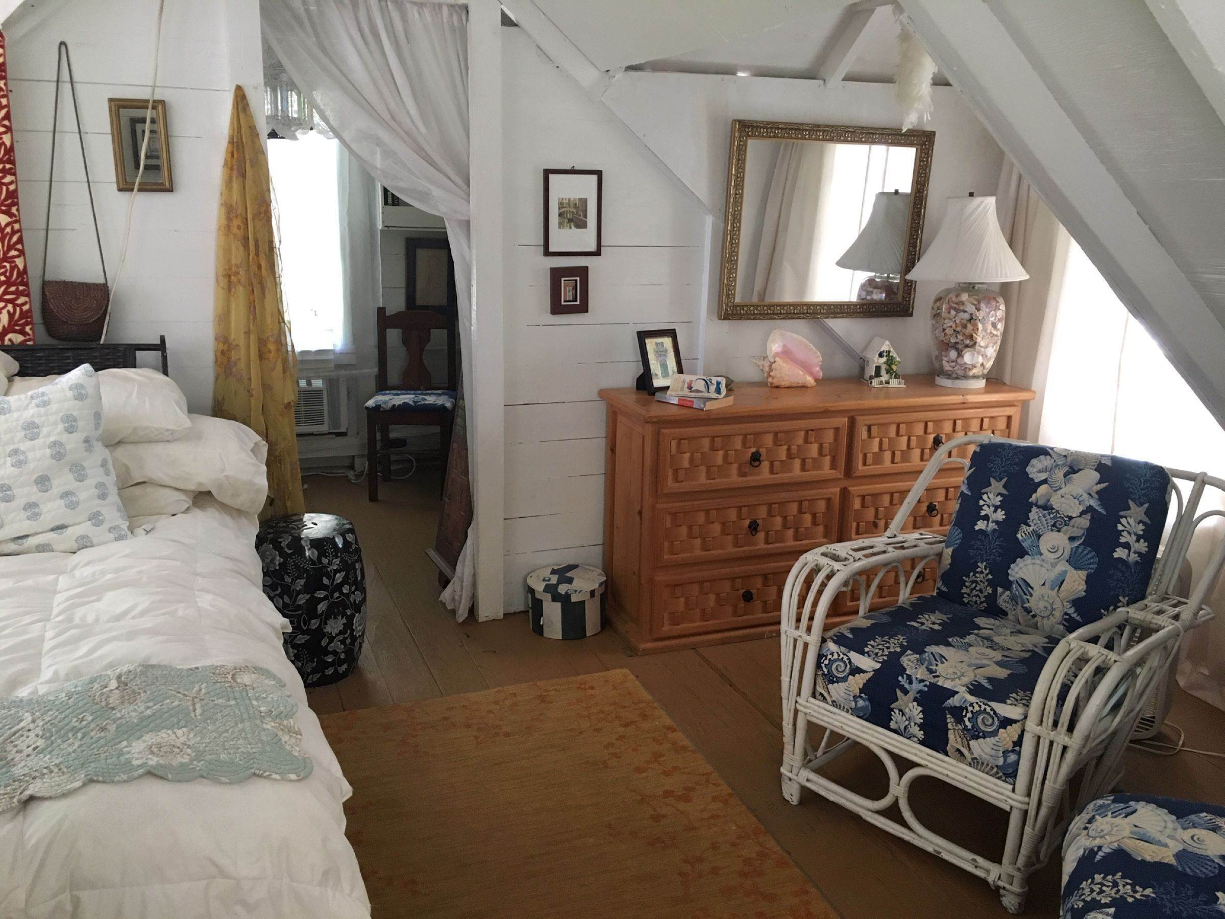5. Single Family Homes for Sale at Quaint Historic Spanish Wells Cottage Spanish Wells, Eleuthera, Bahamas