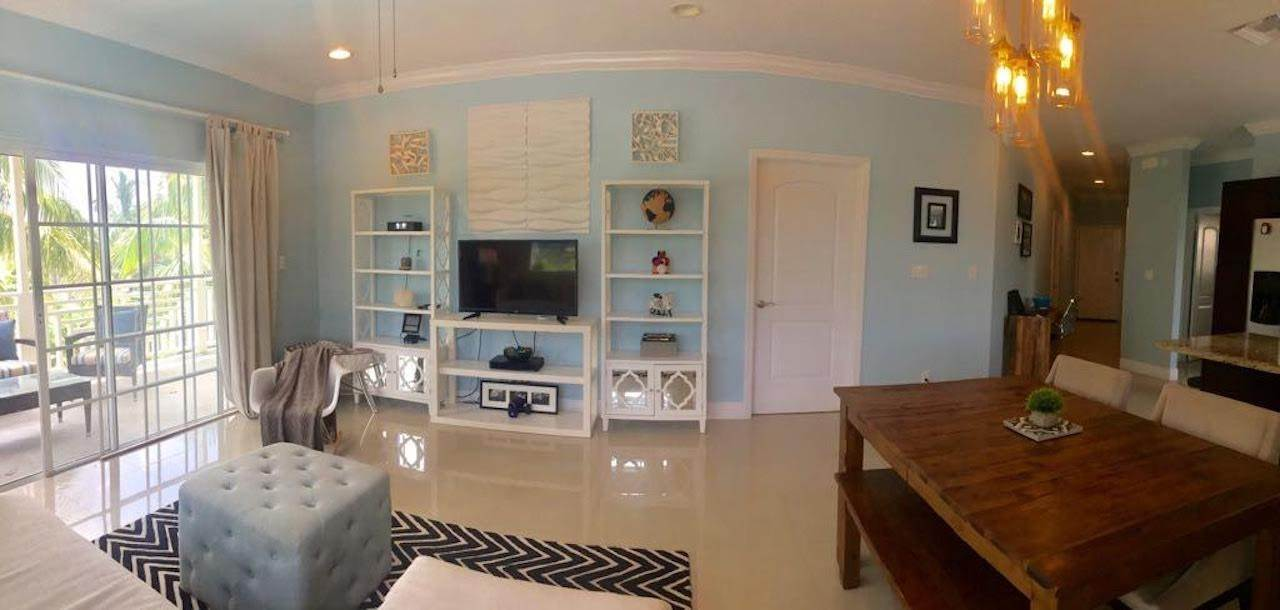 5. Co-op / Condo for Rent at Stylish Venito Condo on Cable Beach Cable Beach, Nassau And Paradise Island, Bahamas