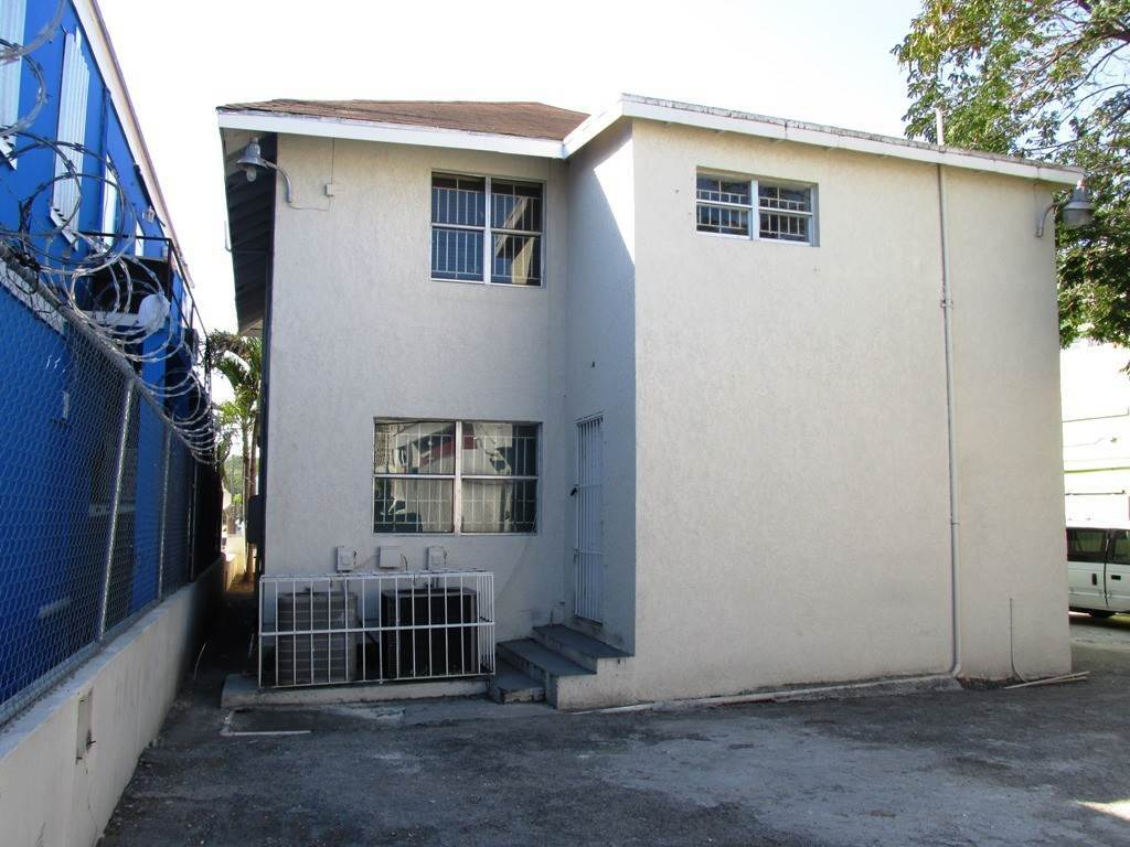 5. Commercial for Rent at Centrally located Office space Nassau And Paradise Island, Bahamas