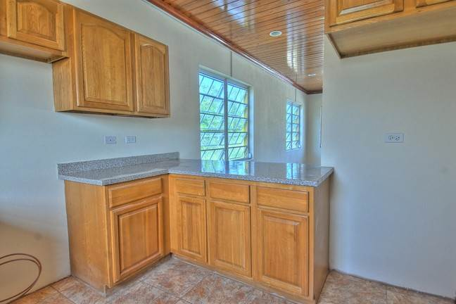 5. Co-op / Condo for Rent at Lovely Condo in South Ocean South Ocean, Nassau And Paradise Island, Bahamas
