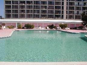 6. Co-op / Condominio por un Alquiler en Beautiful 1 Bedroom Apartment Gran Bahama Freeport, Bahamas