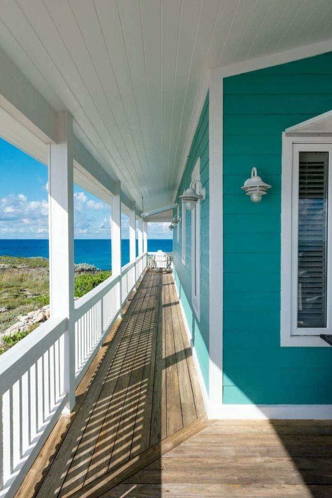 5. Single Family Homes for Sale at Sea Glass Exclusive Waterfront Home At The Abaco Club on Winding Bay - MLS 31382 Winding Bay, Abaco, Bahamas