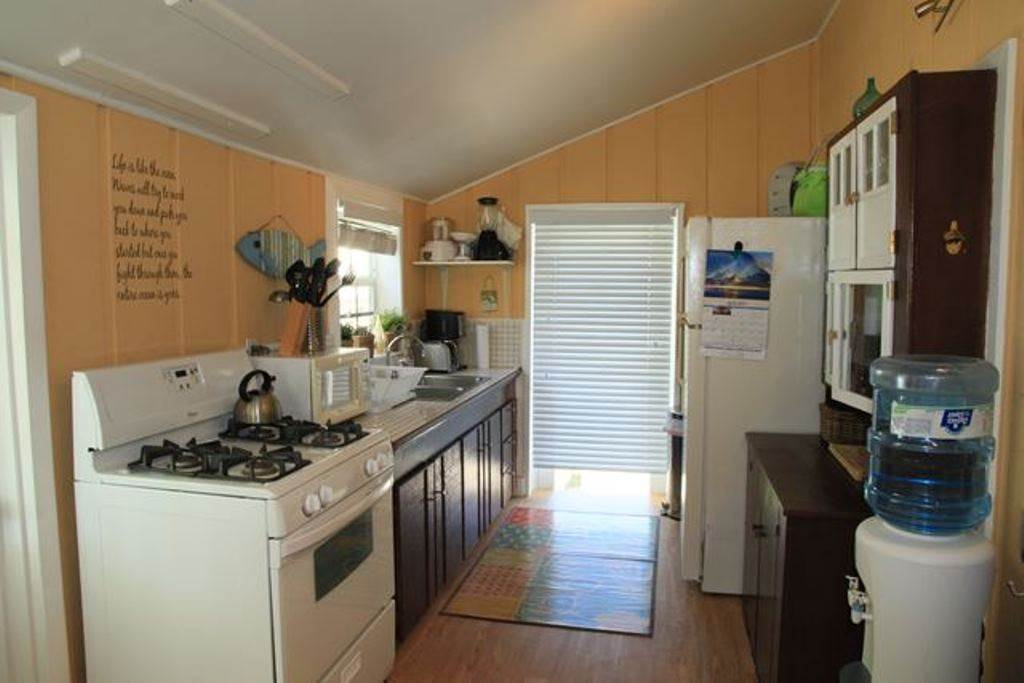 4. Single Family Homes for Rent at Charming, Intimate and Conveniently Located in the Heart of Hope Town! Elbow Cay Hope Town, Abaco, Bahamas