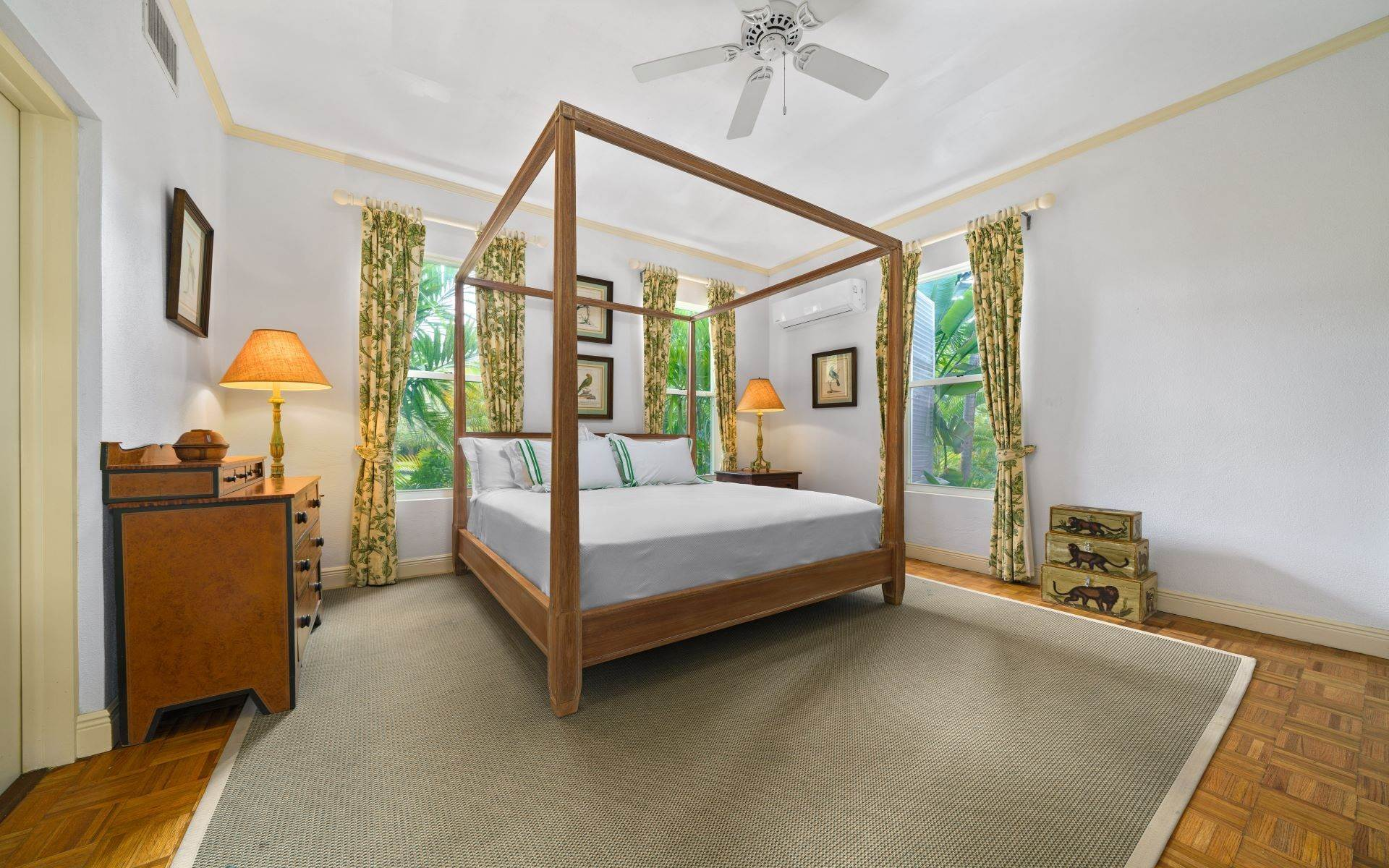 23. Single Family Homes for Rent at Magnificent Lyford Cay Beachfront Estate Lyford Cay, Nassau And Paradise Island, Bahamas