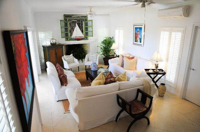 10. Single Family Homes for Sale at Tambourina Island Villa and Cottage, Eastern Road (MLS 24295) Eastern Road, Nassau And Paradise Island, Bahamas