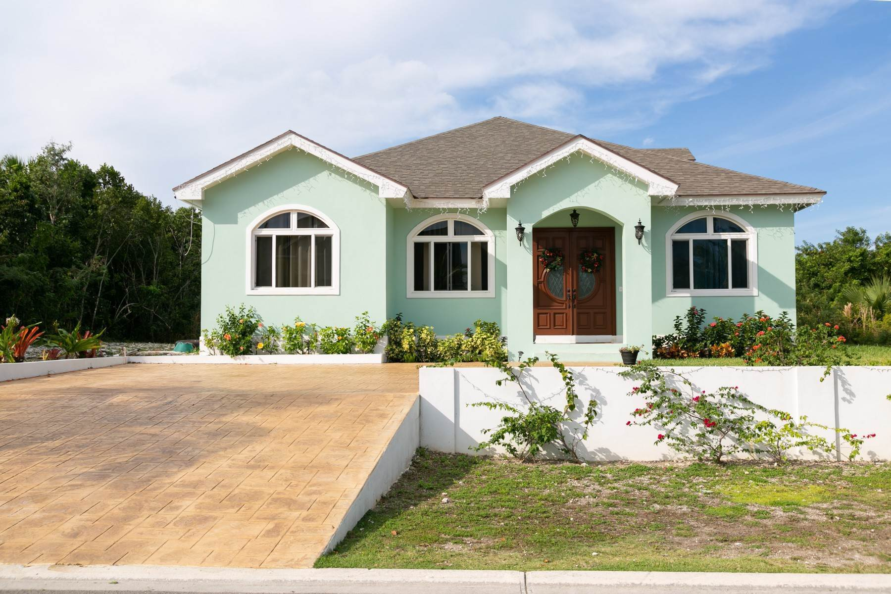 41. Single Family Homes for Sale at Villa Greenway House for Sale - MLS 41427 Charlotteville, Nassau And Paradise Island, Bahamas
