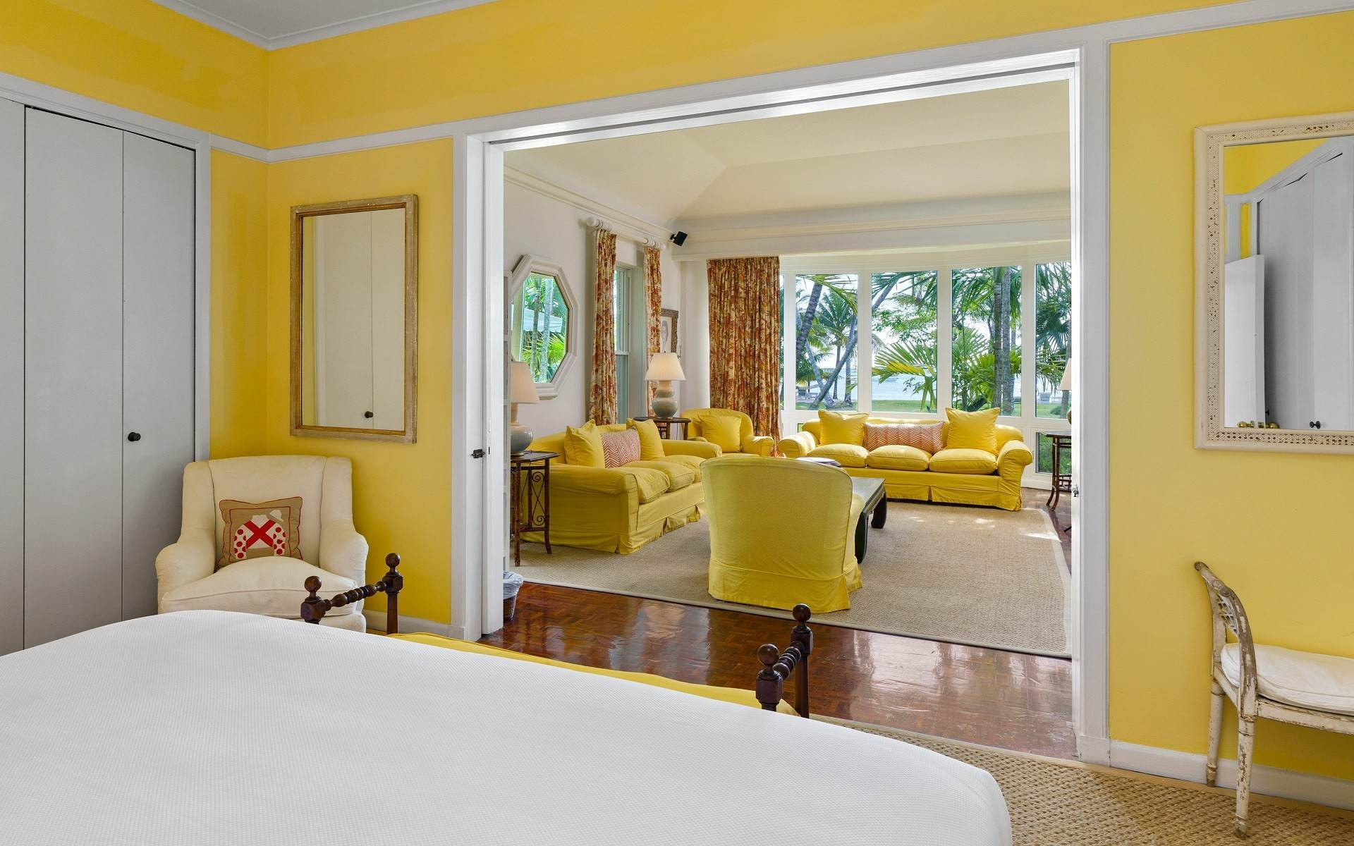 18. Single Family Homes for Rent at Magnificent Lyford Cay Beachfront Estate Lyford Cay, Nassau And Paradise Island, Bahamas