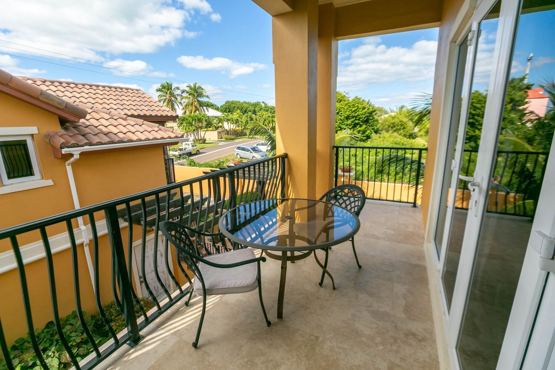 42. Single Family Homes for Sale at Exclusive Oceanside Eastern Jewel - Casa Al Mare - MLS 43222 Eastern Road, Nassau And Paradise Island, Bahamas