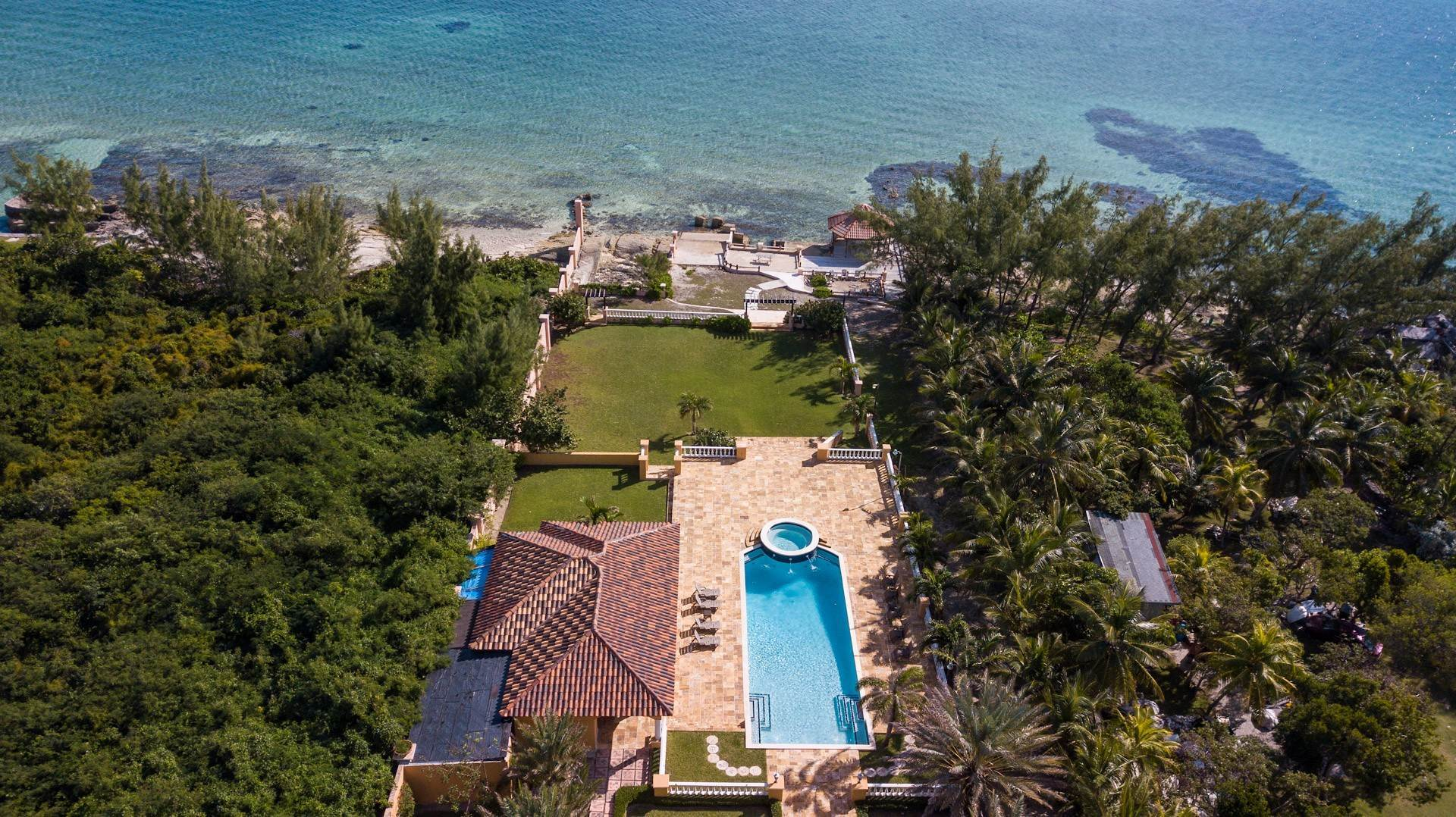 43. Single Family Homes for Sale at Exclusive Oceanside Eastern Jewel - Casa Al Mare - MLS 43222 Eastern Road, Nassau And Paradise Island, Bahamas