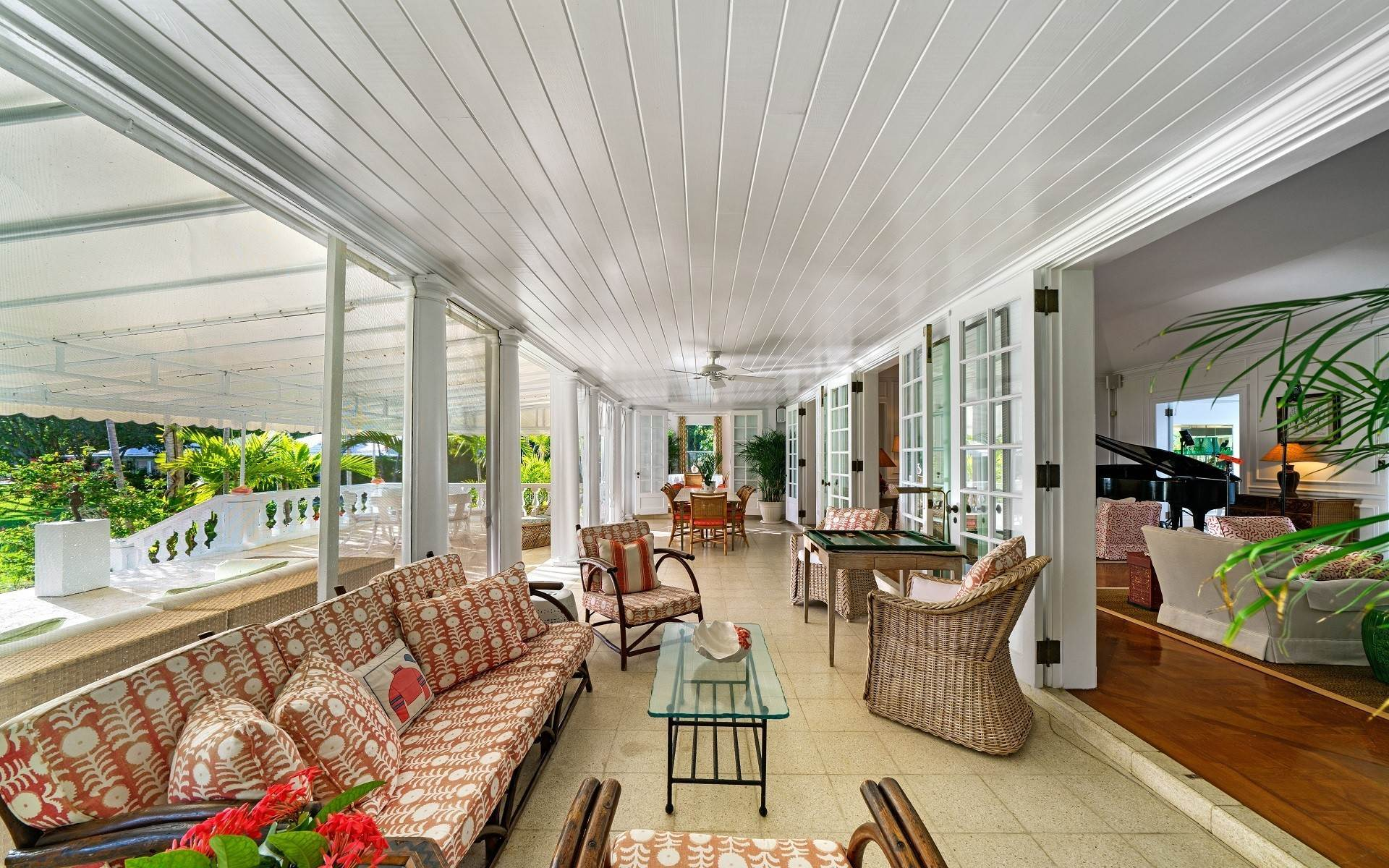 31. Single Family Homes for Rent at Magnificent Lyford Cay Beachfront Estate Lyford Cay, Nassau And Paradise Island, Bahamas