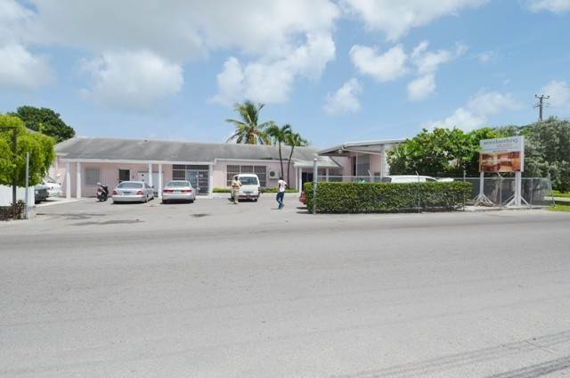 6. Commercial for Sale at Centrally located commercial property Chesapeake, Freeport And Grand Bahama, Bahamas