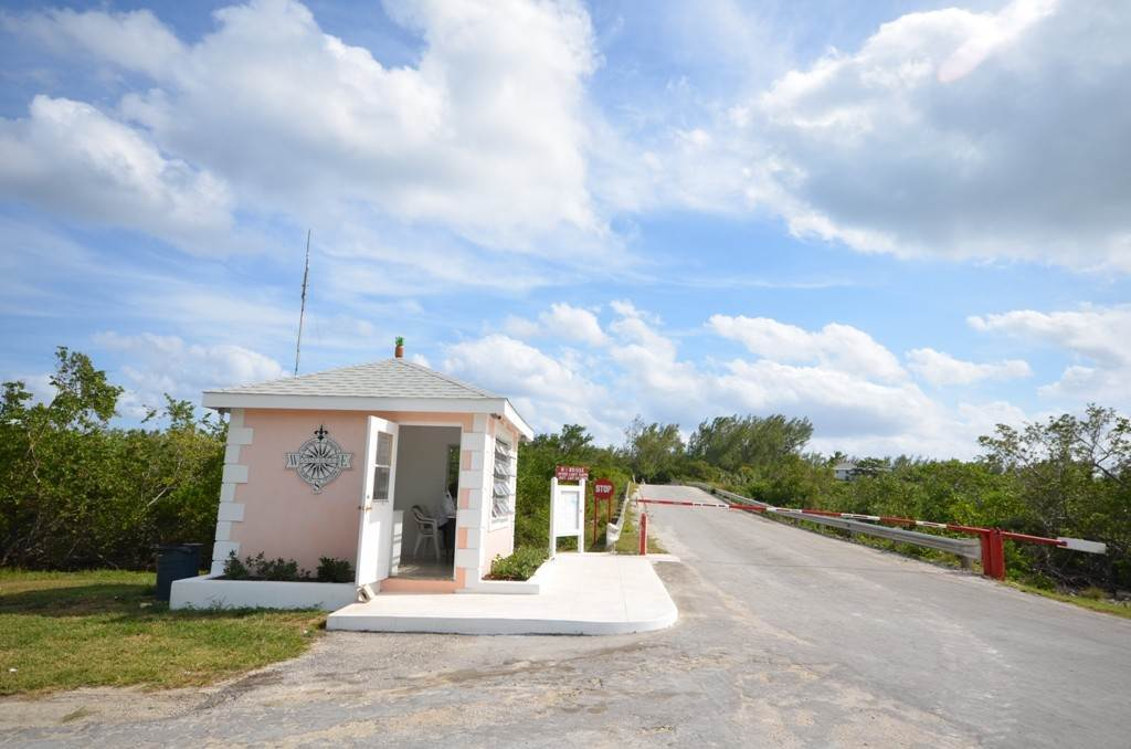 4. Terreno por un Venta en Lots 73 & 74 with 1.21 acres overlooking Savannah Sound on Windermere Island - MLS 37264 Windermere Island, Eleuthera, Bahamas