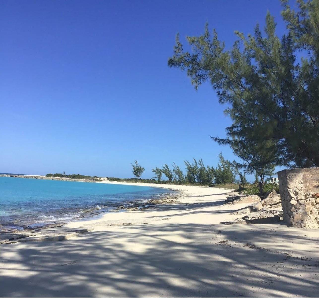 6. Land for Sale at Beachfront Estate at Polaris Bay - MLS 43342 San Salvador, Bahamas