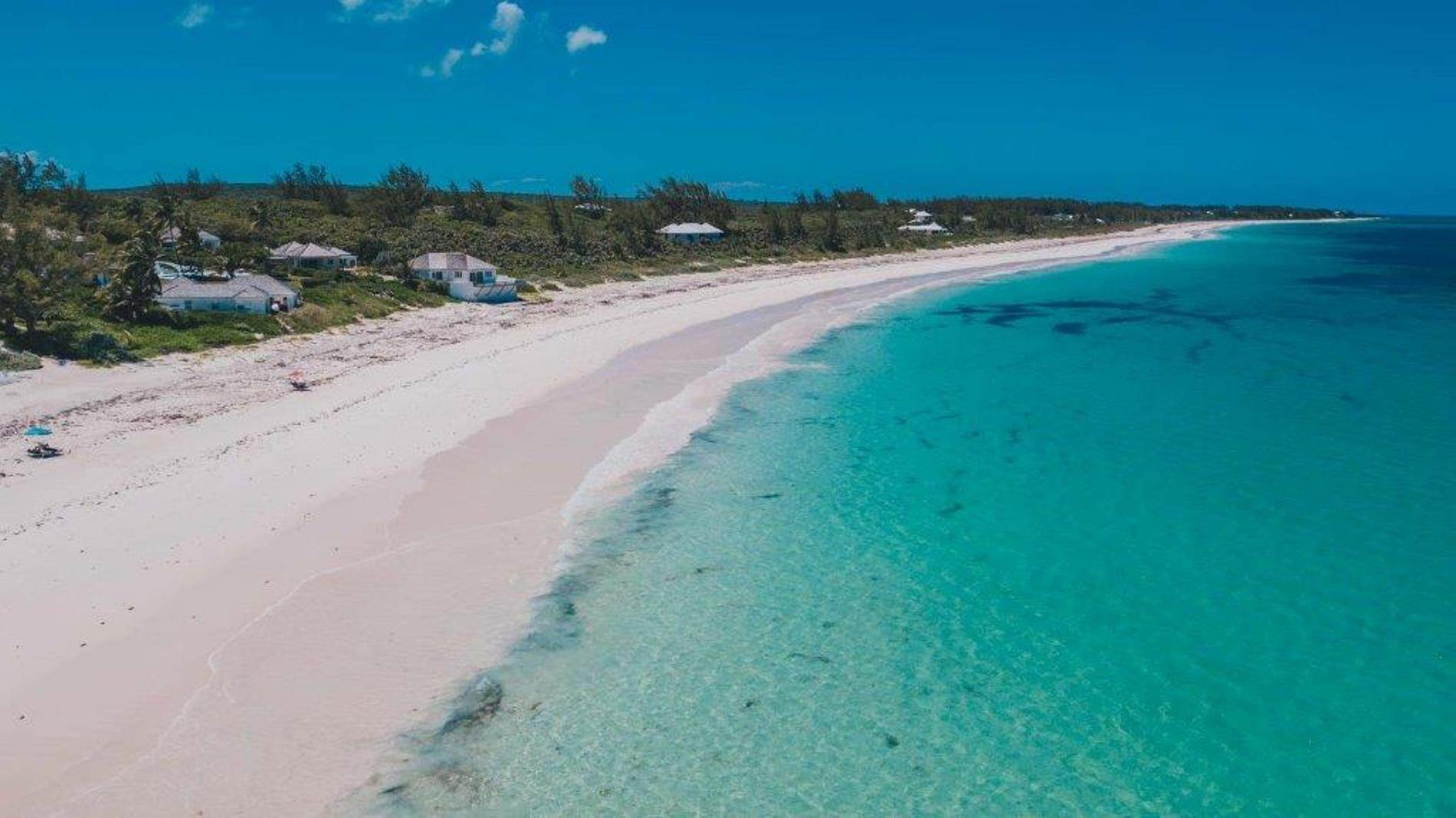 6. Terreno por un Venta en Unique Beach front Homesite at Windermere Beach Estates - Section A, Lot 9 and 126 - MLS 38497 Windermere Island, Eleuthera, Bahamas